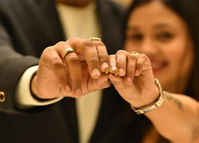 Tanya-Bajpai-Radio-City-Lucknow-Gold-Earrings-Winner-Valentines-Day-Ramada-Lucknow-1