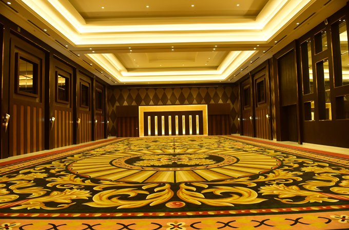 Grand-Emerald-Banquets-Ramada-lucknow-Hall