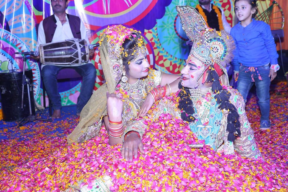 Gallery-The-Replay-Holi-with-Flowers-Holi-2017-Event-18-March-2017-2
