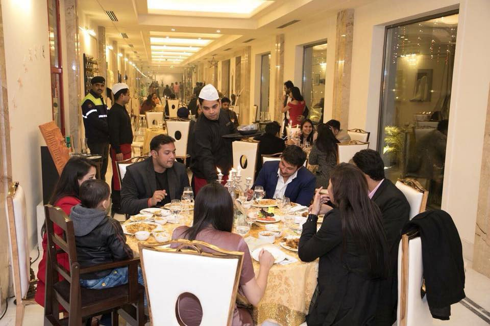Image-Gallery--New-Year-Eve-2018-Celebrations---Ramada-Lucknow-3