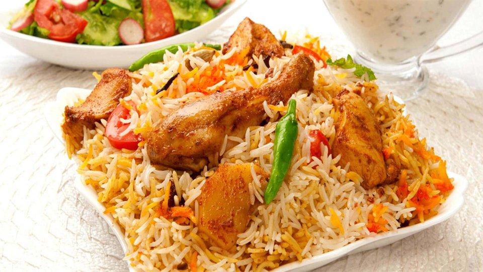 Feasting-on-Biriyani-Lucknow-Dining