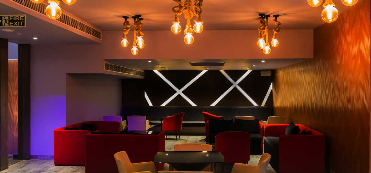 Fire-Lounge-Best-party-venue-in-Lucknow