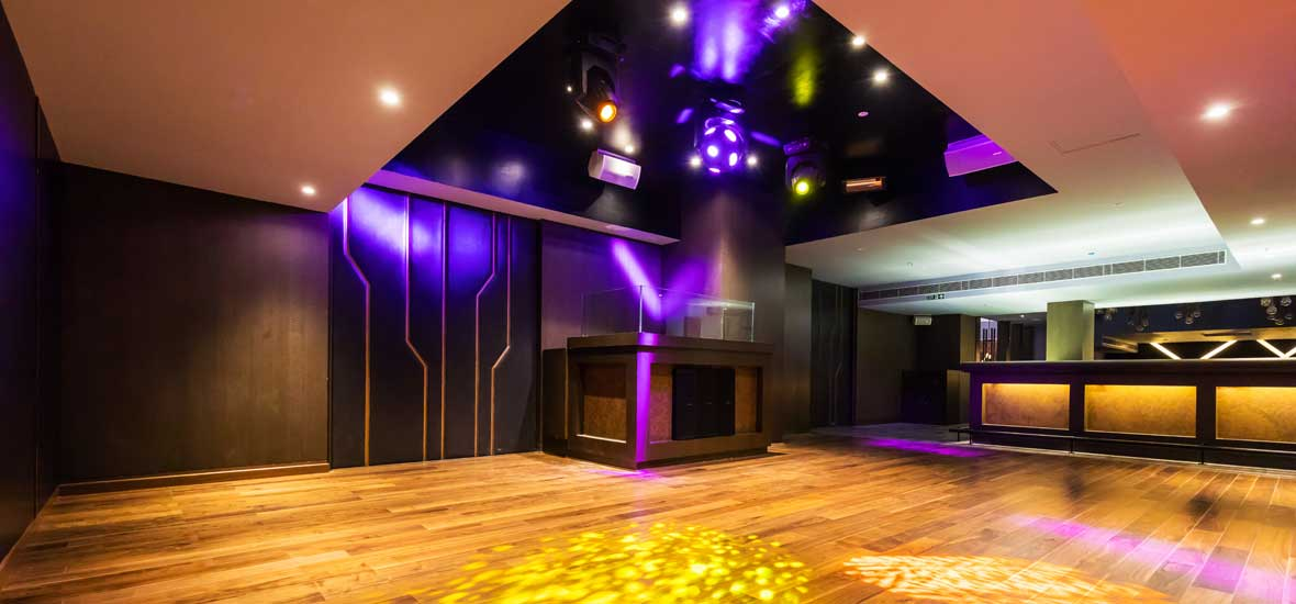 Fire-Lounge---Discotheque-in-Lucknow