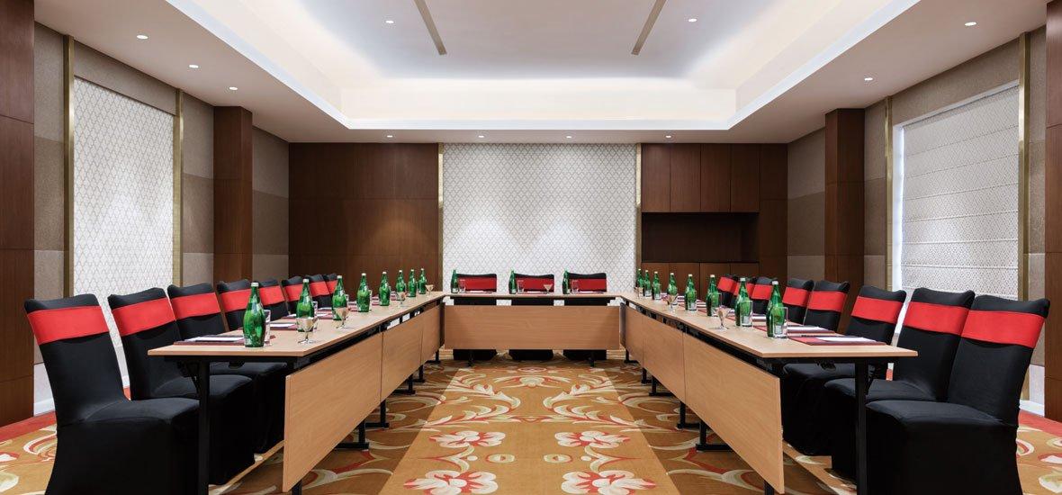Ramada-Lucknow---Meeting-Room-1---Coral-
