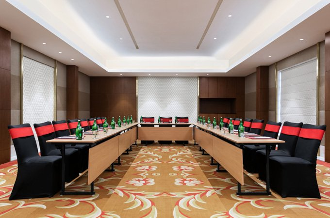 Ramada-Lucknow---Meeting-Room-Venues-Coral-3